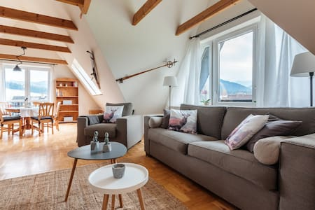 Spacious apartment with view of Tatra mountains - Zakopane - Pis