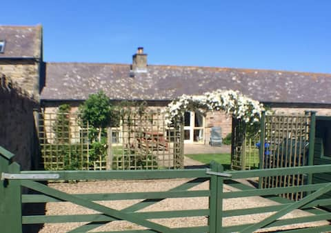 Courtyard Cottage No 3