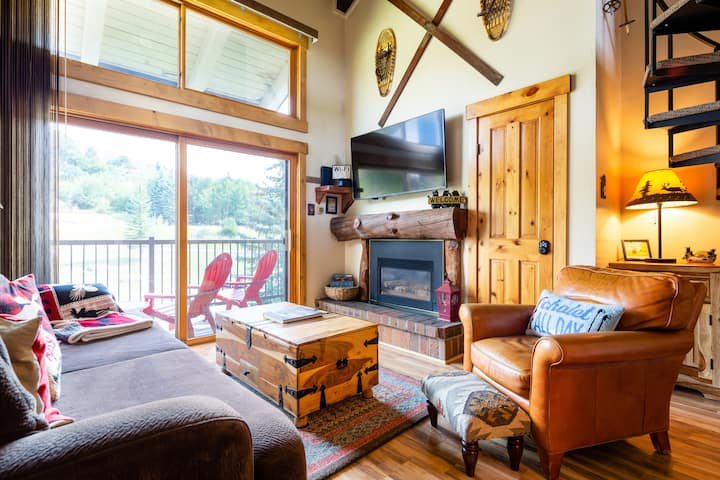 Steamboat Cozy Studio Loft with mountain view