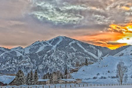 PERFECT location for winter fun! - Ketchum