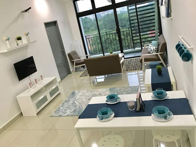 Johor Bahru NEW apartment&NEW furniture