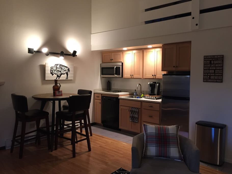 Although the kitchen is small it is well equipped. There is a stovetop with two burners but no oven. We do provide a toaster oven and crockpot. We also have a Keurig, drip coffee maker, and coffee grinder for you to use. There are some spices and condiments provided to make your stay easier.