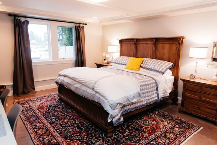 Private Laurelhurst Suite