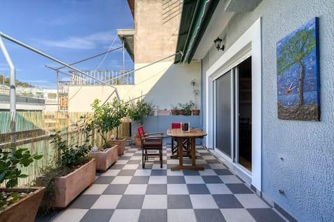 Sunny cozy apt,Acropolis & Filopappoy balcony view