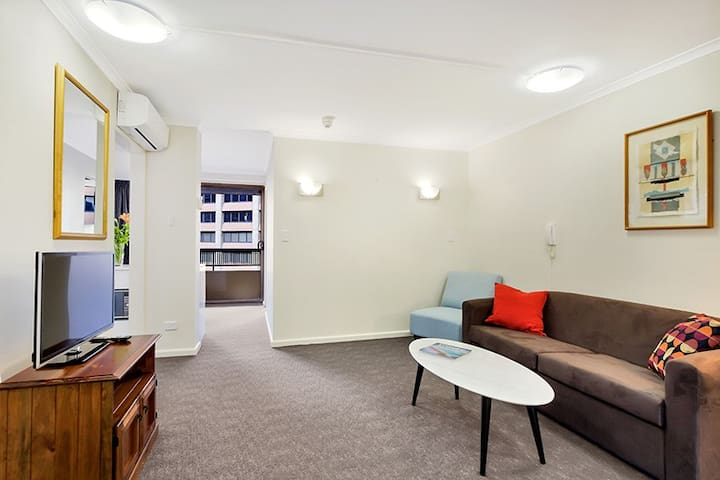 Located on level 5 with a separate bedroom and a balcony running the width of the apartment, with views of the vibrant and busy Oxford Street, there will be people/traffic noise.   There are built-in wardrobes and the sofa pulls out to a double bed.