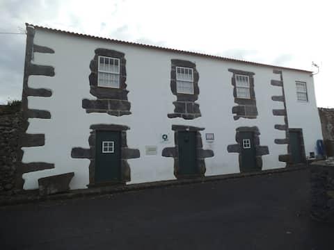 Casa da Madrinha - Quarto 1 (Room 1)