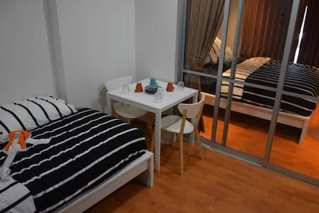 Private Room Condo AT BTS Bang Wa Station Fre Wifi - Bangkok - Wohnung