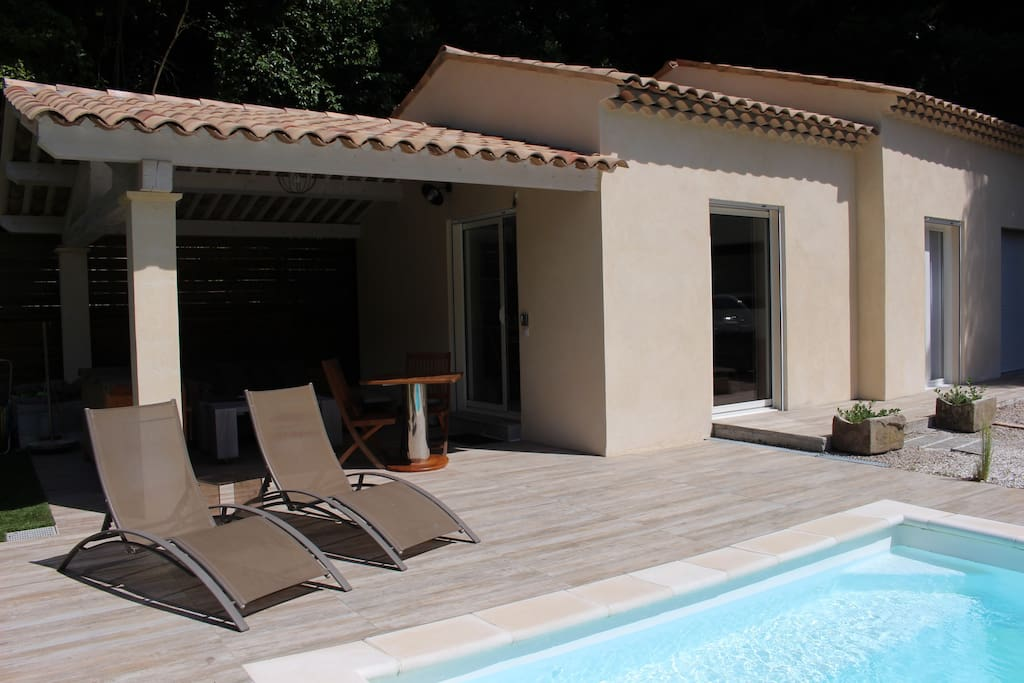 1 Bedroom Apartment With Terrace And Pool Flats For Rent In Saint Paul De Vence Provence