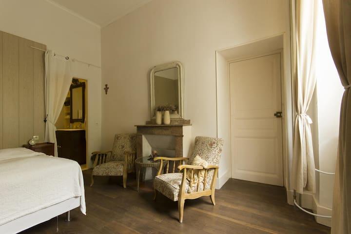 Château Serre Barbier - Room Zand