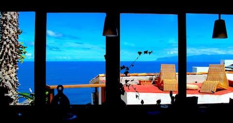 Spacious Villa with Ocean View