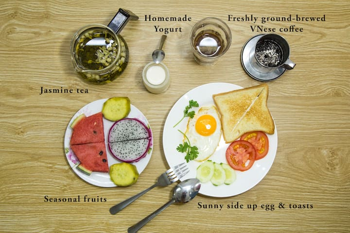Stay with locals & Healthy breakfast 2