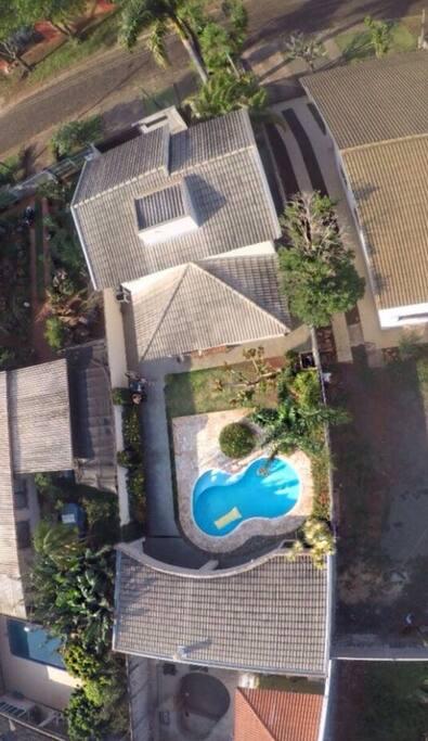 A residência vista do alto (Foto tirada por queridos hóspedes e me doada carinhosamente).