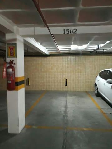 Vaga da garagem ampla no ss