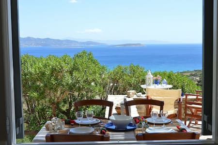 A house with an amazing view in Soros – Antiparos