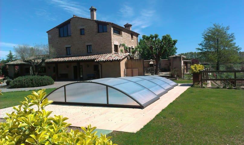 Alojamiento rural a 3km del lago de Banyoles - Cornellà del Terri - บ้าน