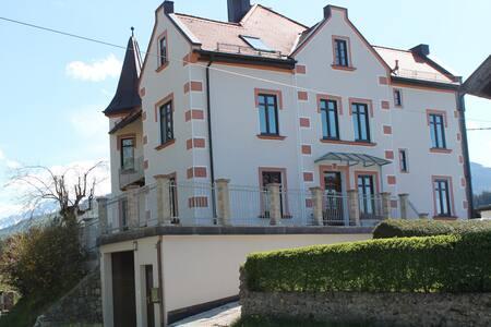 Ferienwohnung in Jugendstilvilla 1903 - Teisendorf - Lejlighed