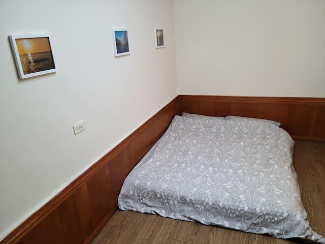 離員林火車站500公尺的雙人床房間