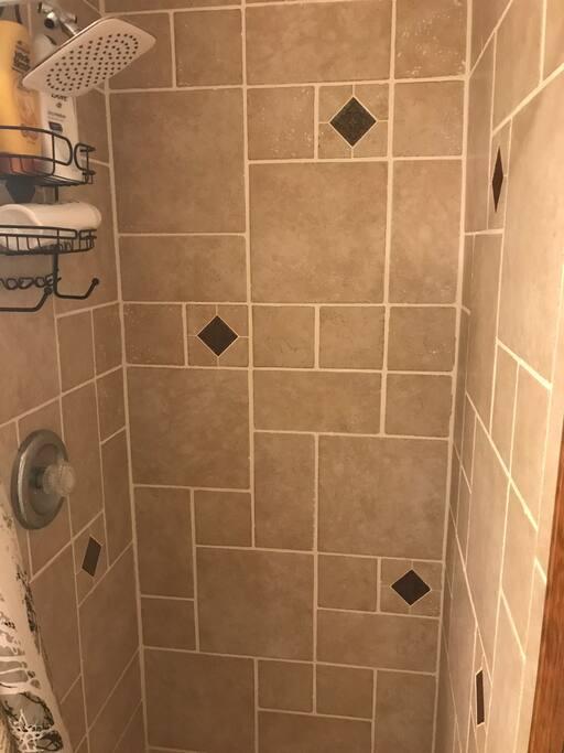 Great shower, nice water pressure