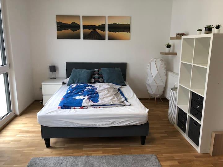 WG-Zimmer in Neubau-Haus in Mannheim Käfertal
