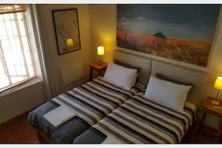 Private Guest Suite with own entrance. - Riebeeck Kasteel - 独立屋