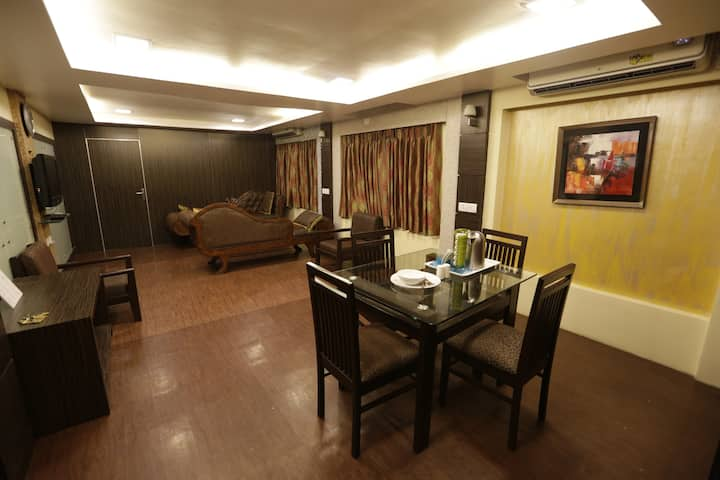 1BHK Service Apartment (Hill road Bandra west)