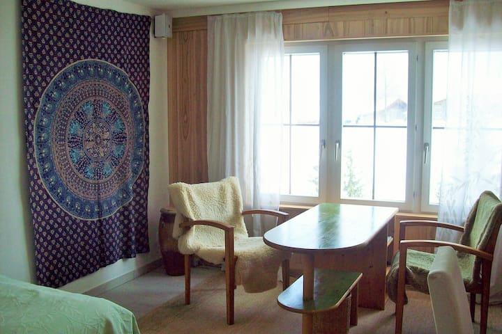 Gästezimmer nahe der Stadt - Speicher - House