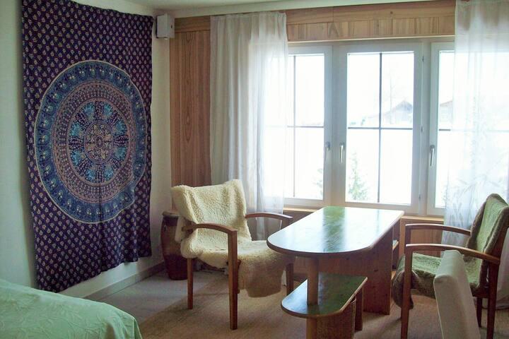 Gästezimmer nahe der Stadt