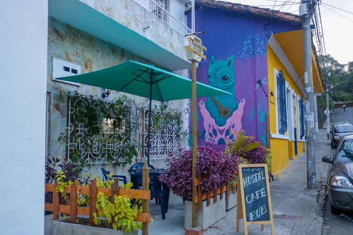 Serendipia Café  Pub  hostal