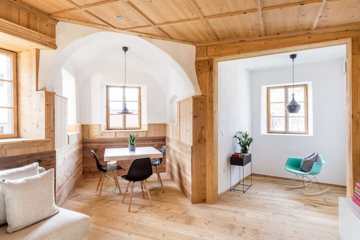Charming design apartment in a historic farmhouse