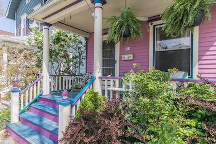 Beautiful 4 BR Victorian House in Ocean Grove