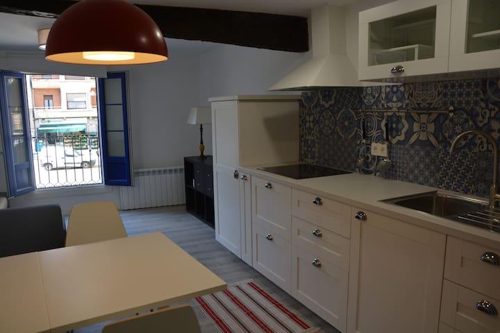 Apartamento con encanto - Deba - Condomínio
