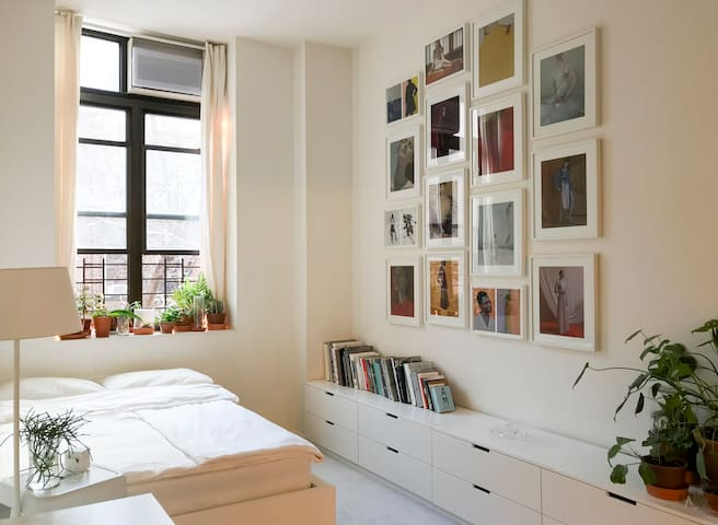 Unique, spacious & bright room in Manhattan!