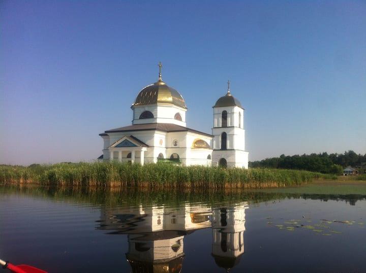 Церква на воді