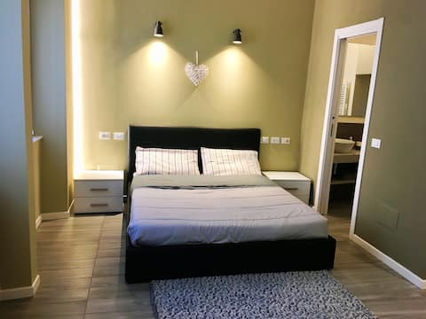 Ideally located apartment 1