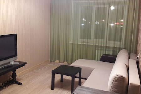 Двухкомнатная квартира - Сургут