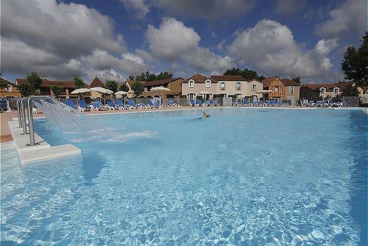 Lac Mondesir Monflanquin Villa T3 3p6p