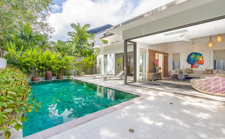 Cozy and Stylish Pool Villa near Laguna
