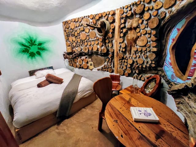 Tree House Room with shared bathroom