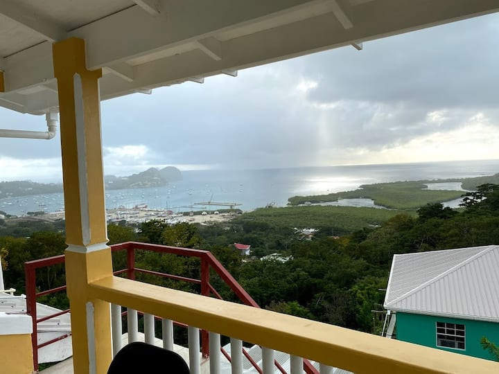 Home with a breathtaking view of the Grenadines