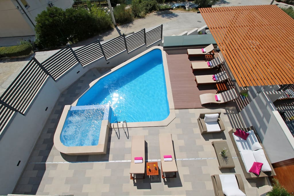 View on the pool from the balcony of the bedrooms
