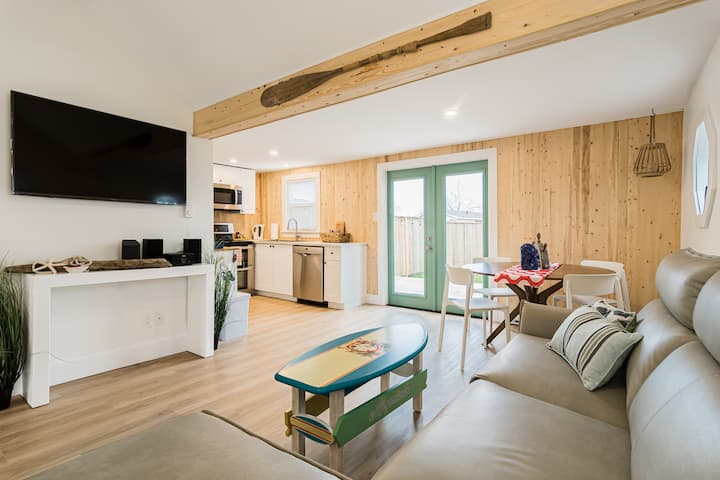 Fully renovated beach house, near Parlee and wharf