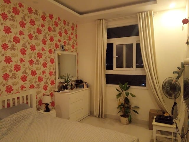 Appartment with 1 bed room , full of furniture