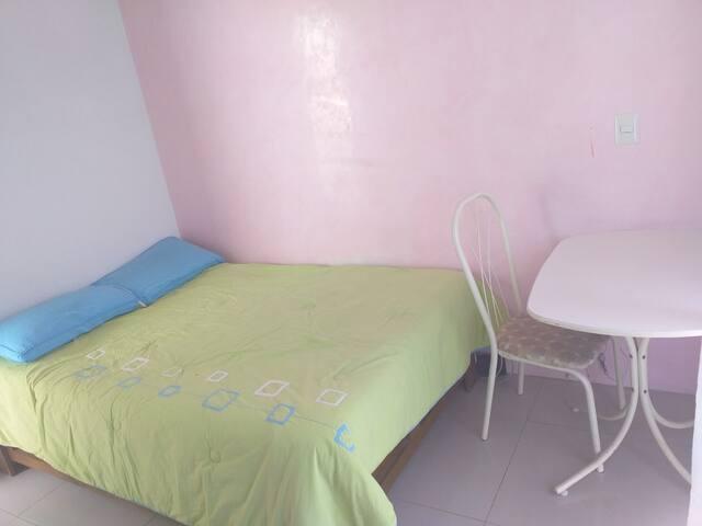 habitación limpia en zona muy segura