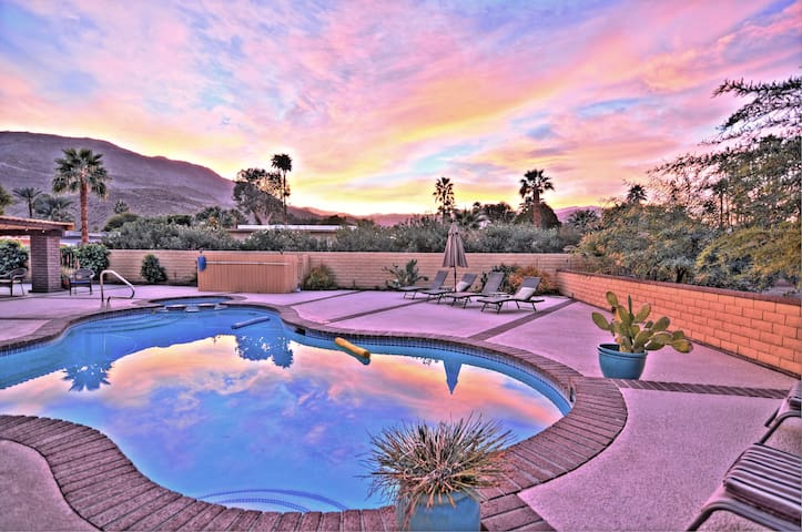 Private Pool and Spa..Spacious lot!