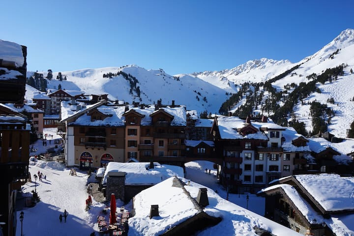 Luxury Ski in/ski out south facing apartment - Bourg-Saint-Maurice - Lägenhet