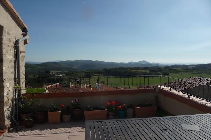chambre de charme, avec terrasse sud mer montagne - Montalba-le-Château - Casa