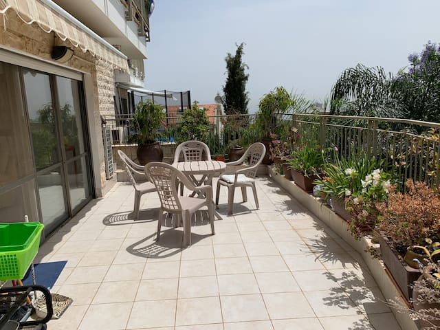 Spacious and bright fully equipped apartment