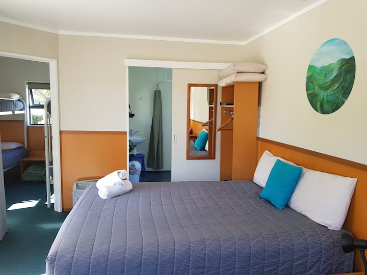 Timaru TOP 10 Holiday Park- Ensuite Unit