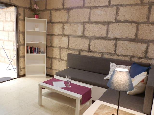 Studio apartaments in rural property (finca) - Granadilla - Apartment