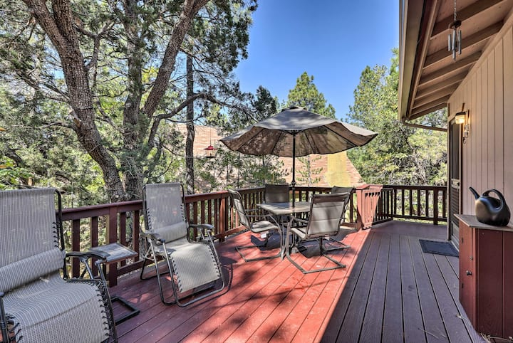 Cabin w/Large Deck ~1Block to Coconino Forest